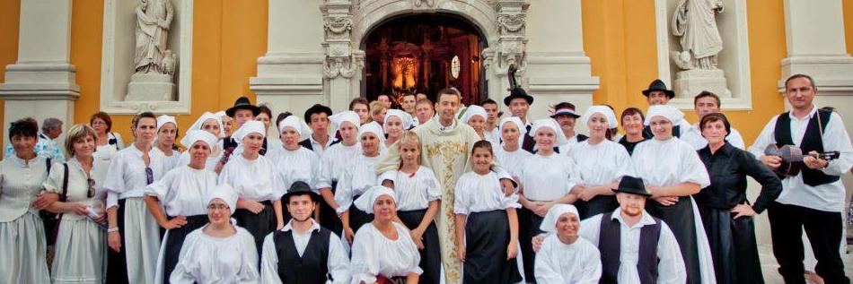Folklorna grupa<br />Folklórcsoport
